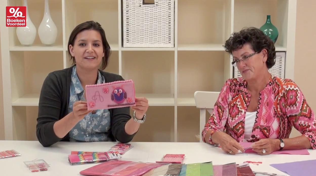 Boekenvoordeel verrast je met boek hobby en cadeau meiden etui knutselen voor kids - Kamer van een meisje van jaar ...